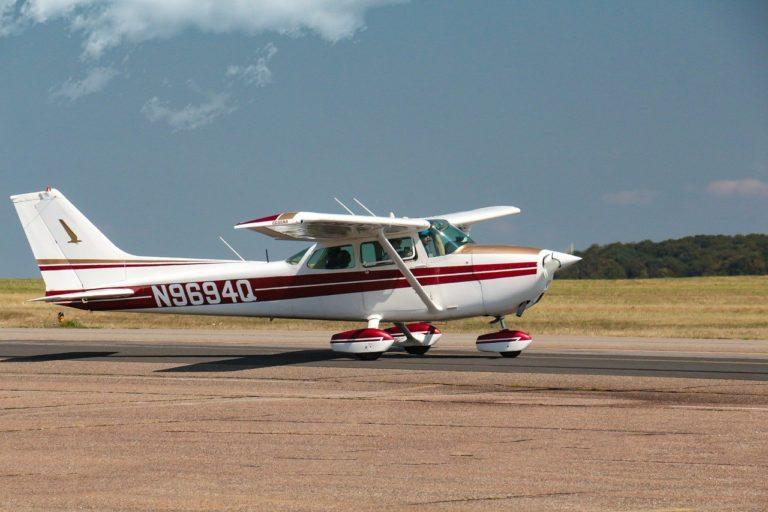 경량항공기 조종사 표준교재 | 아이파일럿
